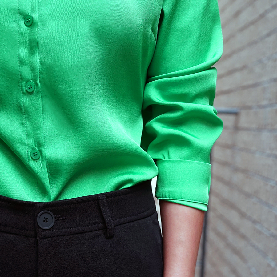 [케임어폰] Back Tied Silky Shirts_Green