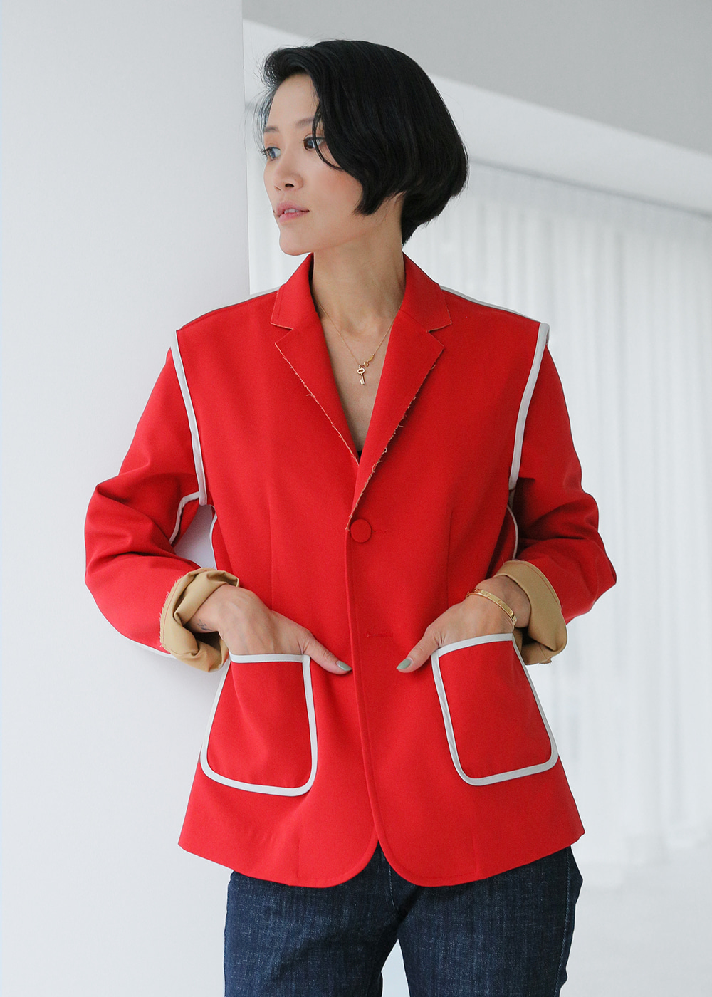 Outlined Classic Fit Jacket_Red