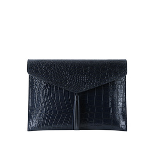 [콰니] Wani Tassel Point Clutch_Navy
