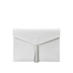 [콰니] Wani Tassel Point Clutch_White
