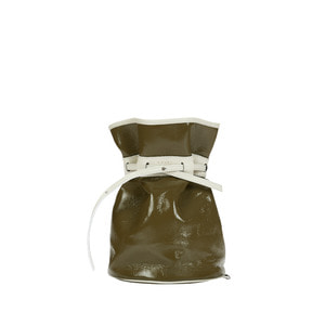 [콰니] Celeb Patent Bucket Bag_Khaki