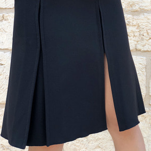 [케임어폰] One Side Slit Jersey Flare Skirt
