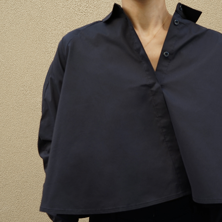 [케임어폰] A Lined Crop Shirts_Navy