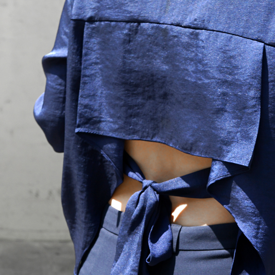 [케임어폰] Back Tied Silky Shirts_Navy